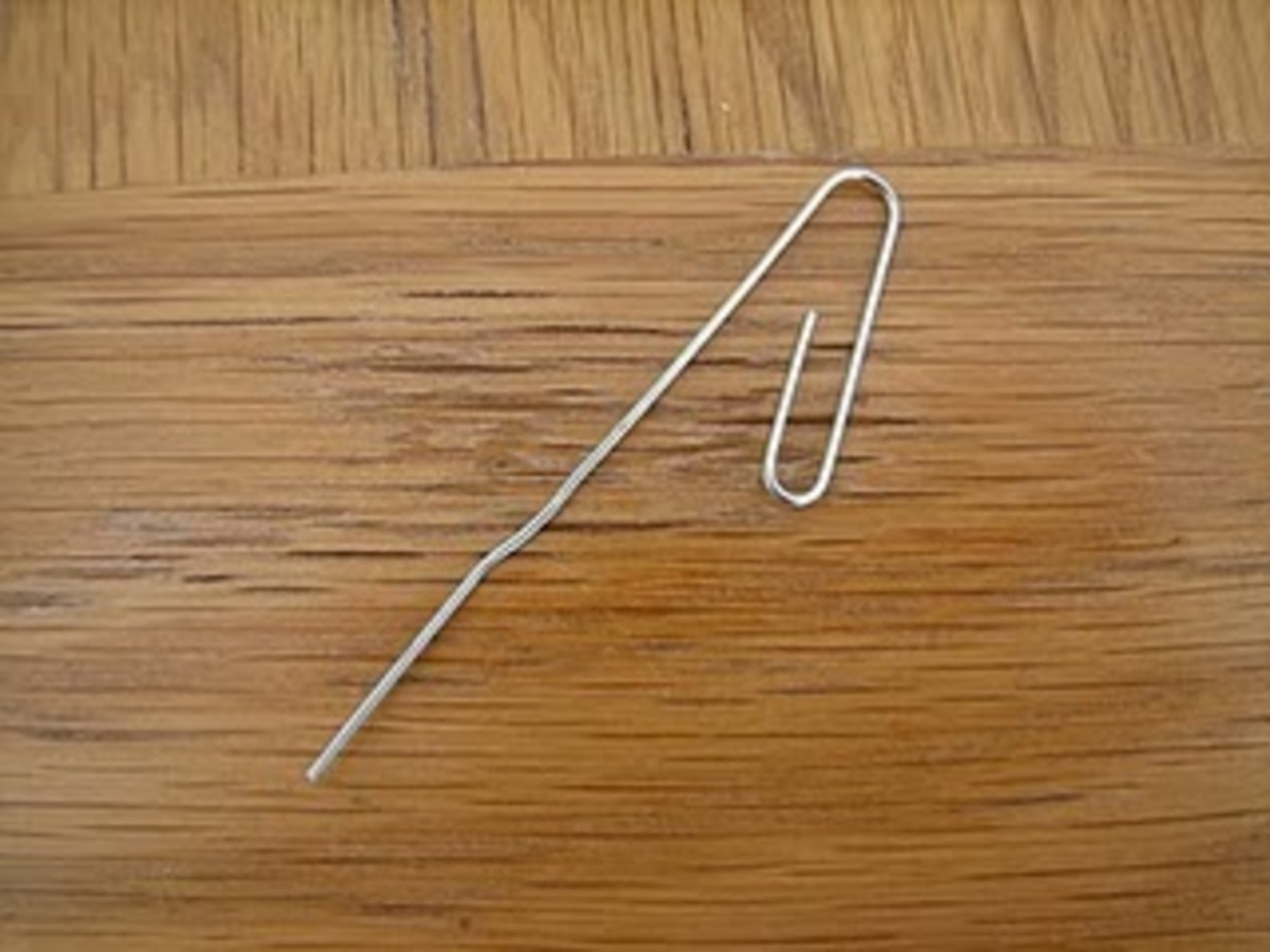 unfolded paper clip