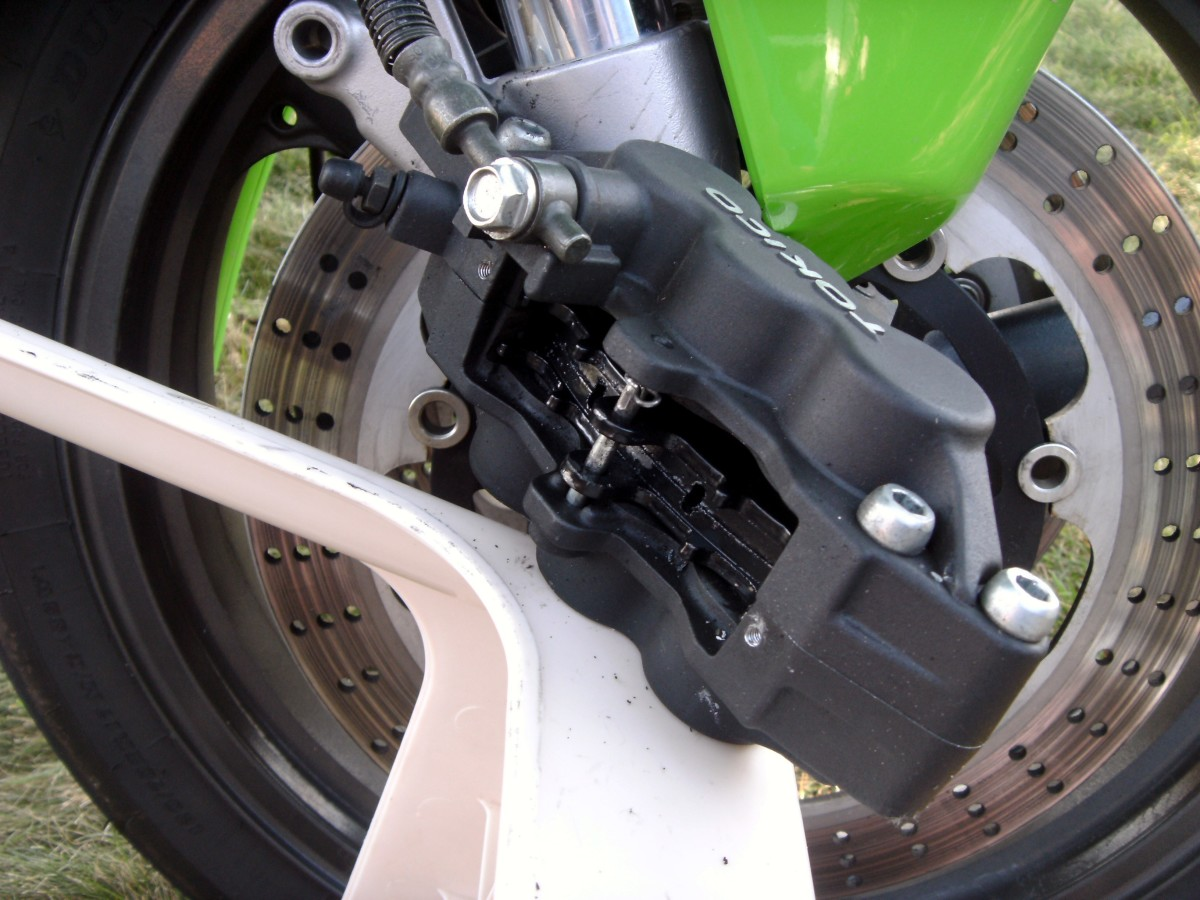 how to change brake pads on kawasaki ninja 250r