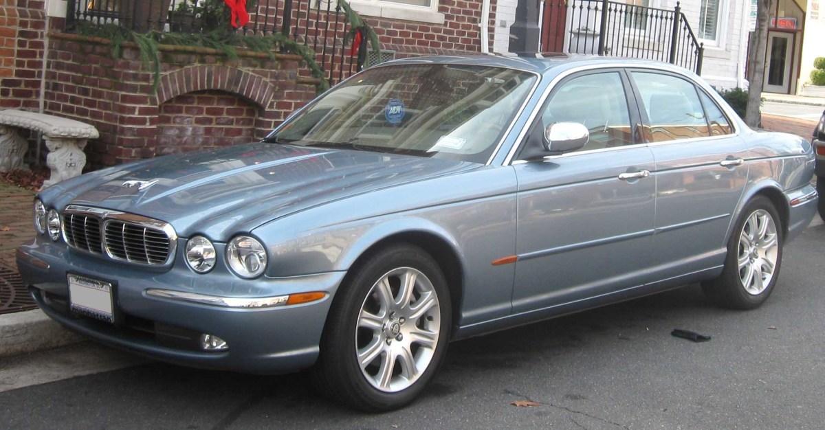 2004 JAGUAR XJ8