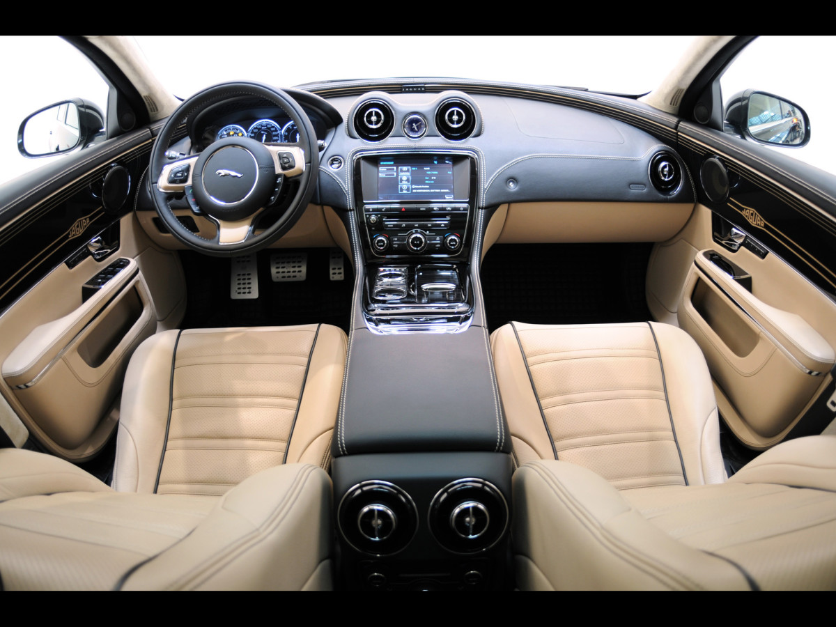 2011 Jaguar XJ Interior