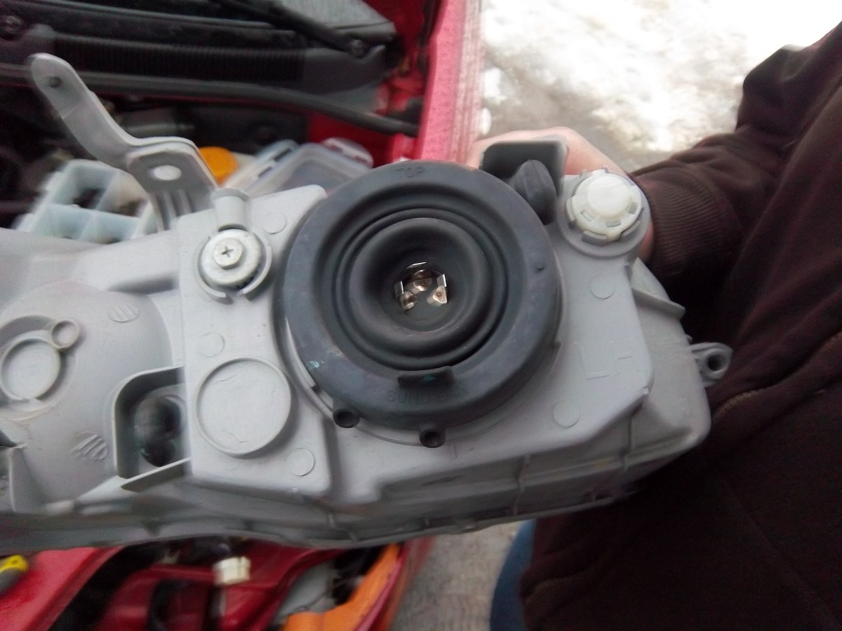 how-to-replace-the-headlight-assembly-of-a-2008-chevy-aveo-step-by-step-with-pictures