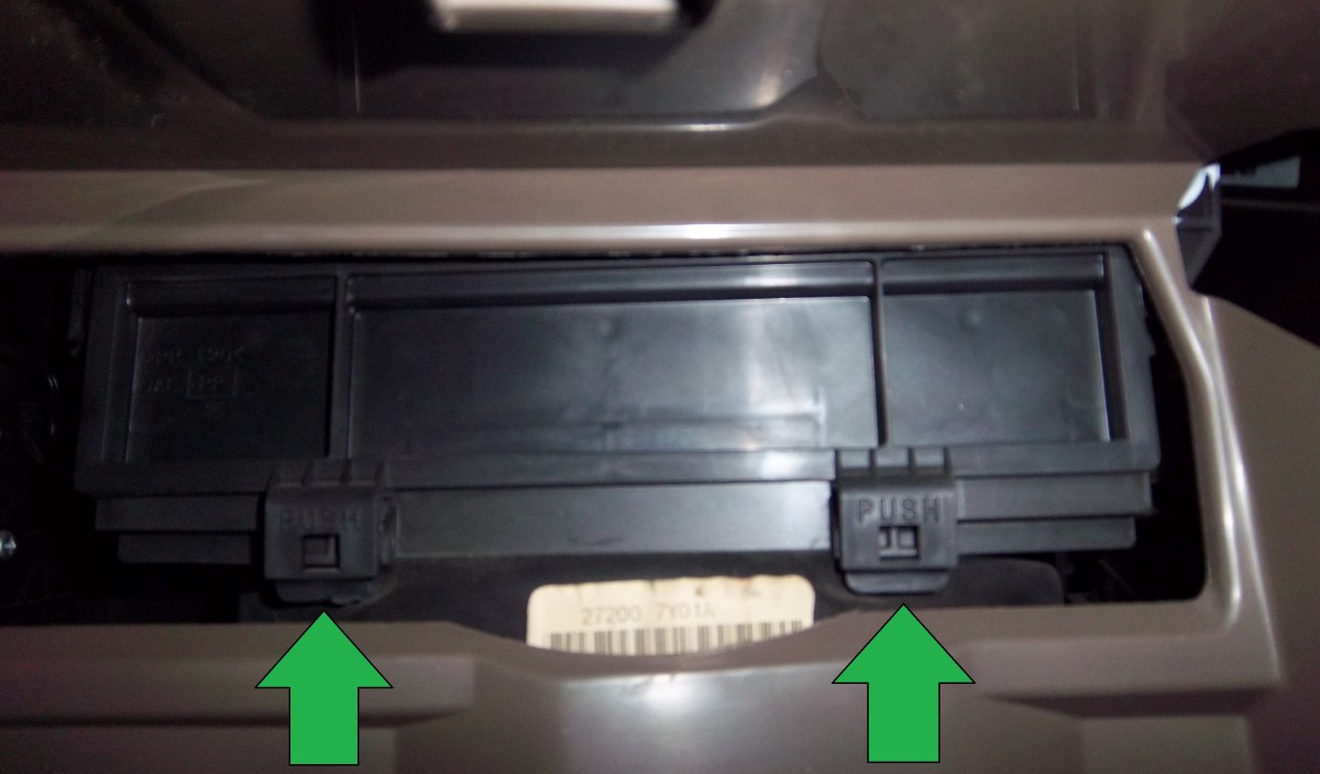 how-to-replace-the-cabin-air-filter-in-a-2006-nissan-altima-step-by-step-with-pictures