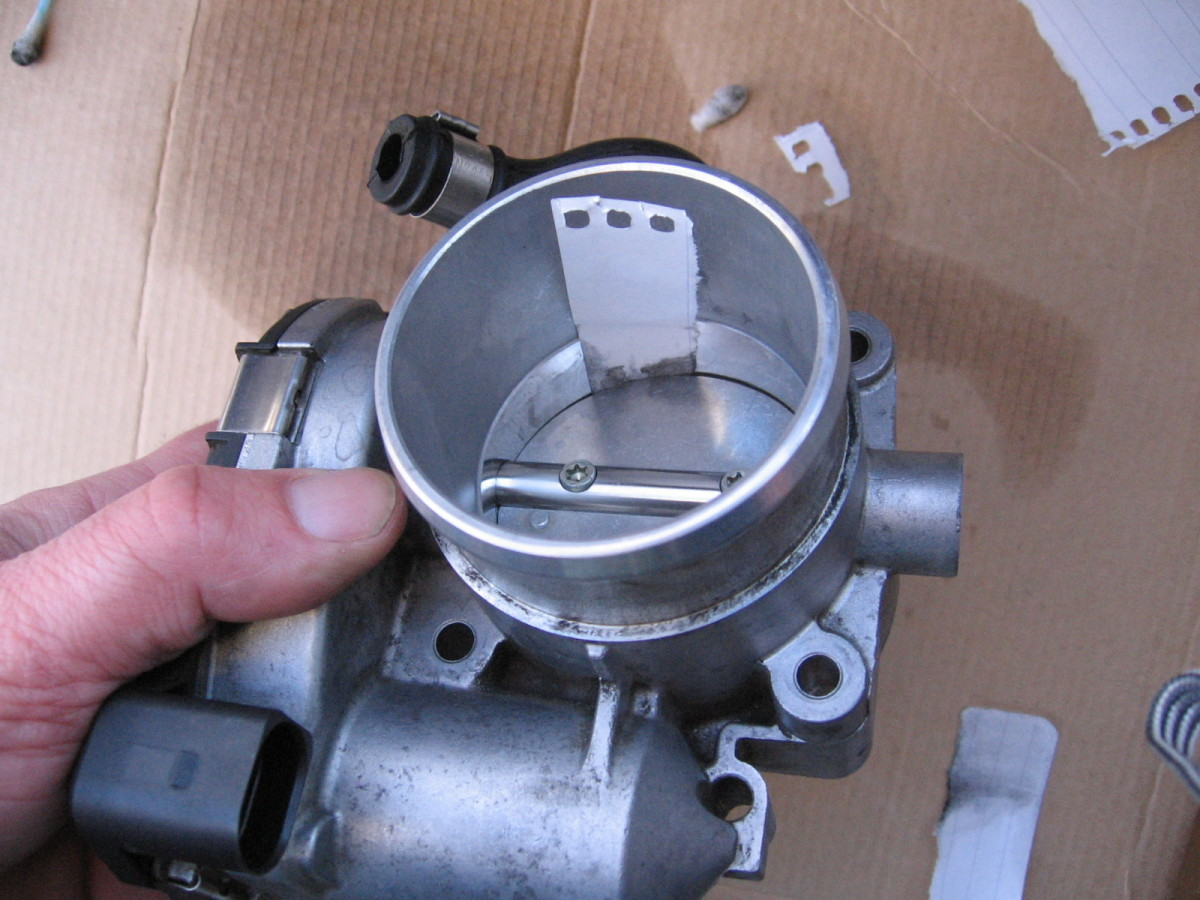 How to Clean the Throttle Body on a VW or Audi 1.8T | AxleAddict