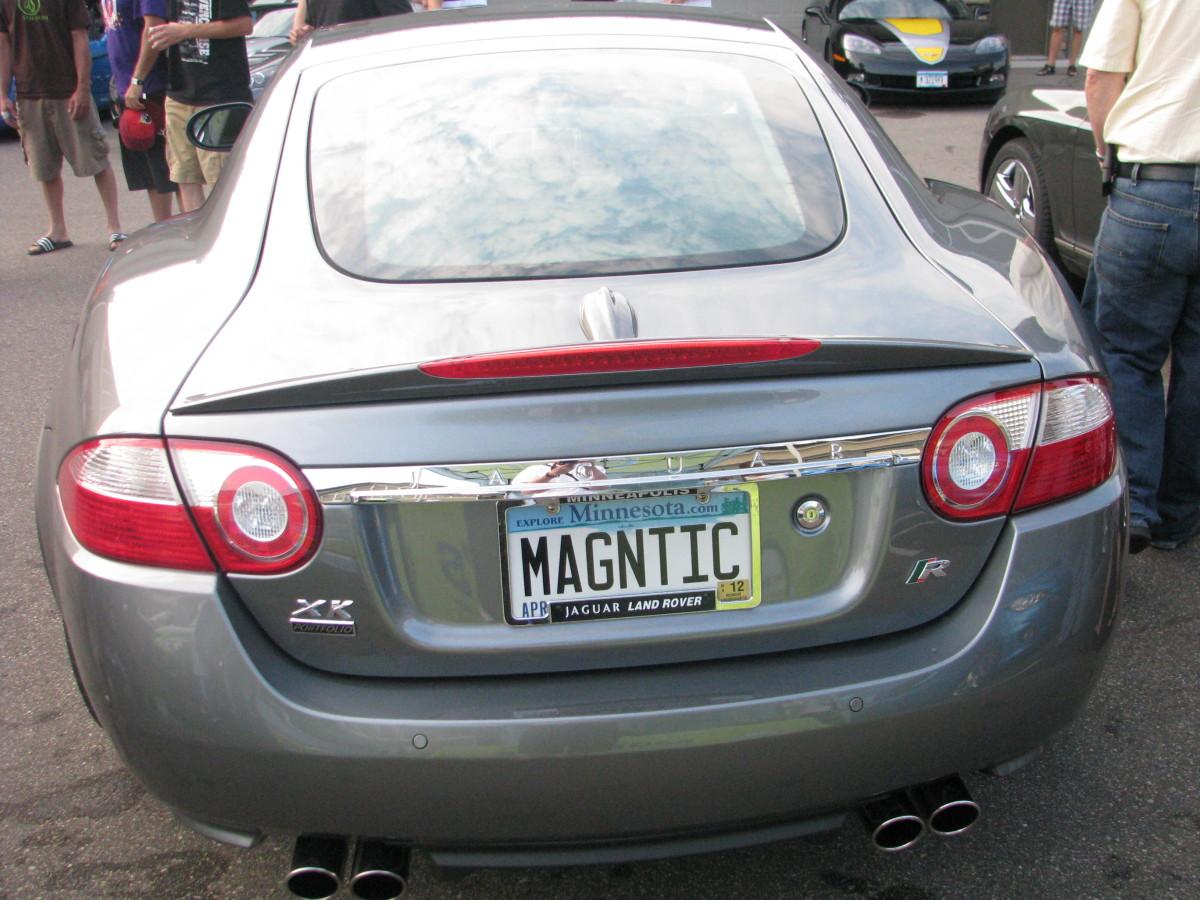 Jaguar XK-R back view