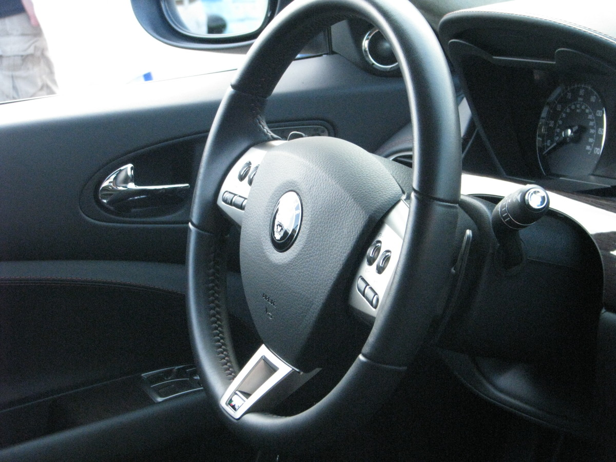 Jaguar XK-R steering wheel
