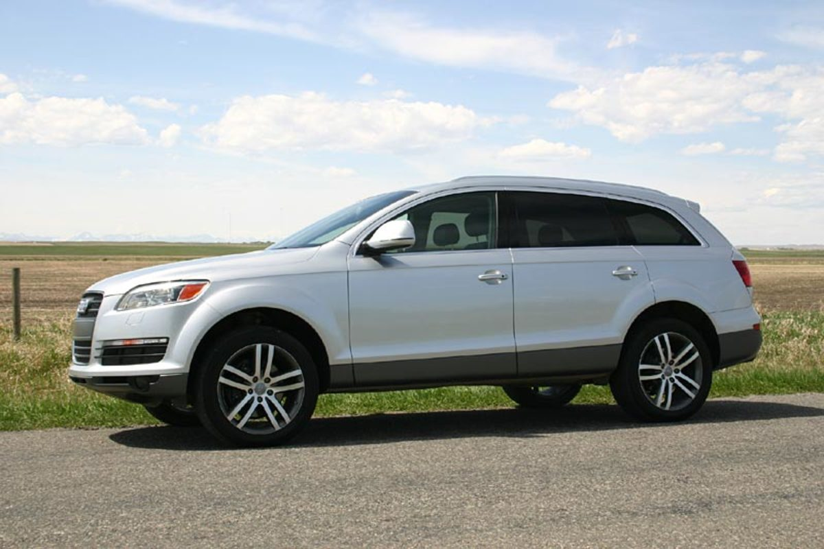 "Audi Q7 - ""a Crossover or CUV"""