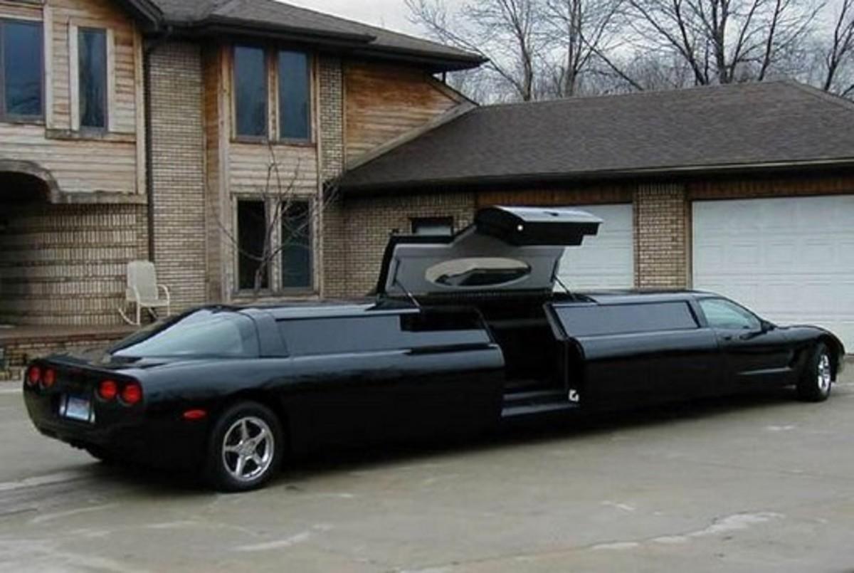 """Porsche Cayenne Stretch """"limousine"""""""