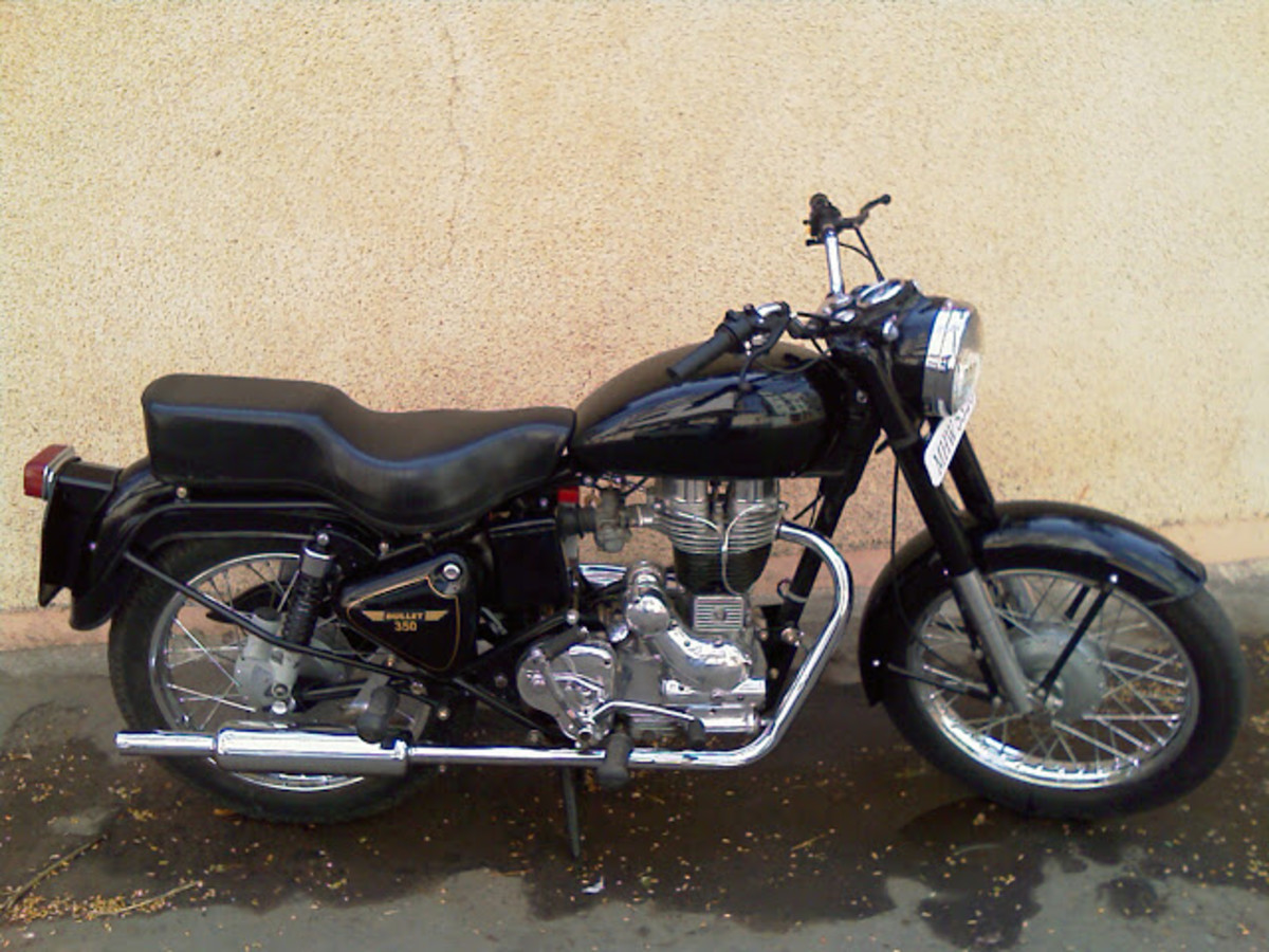 Old antique Royal Enfield Bullet for sale in Delhi