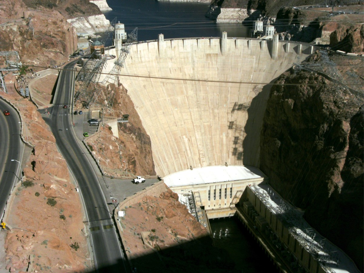Hoover dam, an interesting stop on the way home.