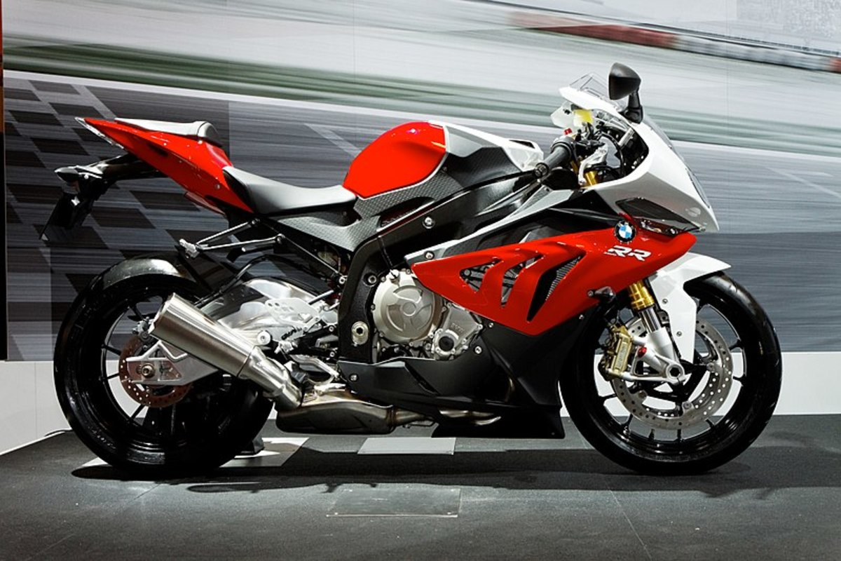 Top 9 Fastest Bikes In The World Axleaddict A Community Of Car Lovers Enthusiasts And Mechanics Sharing Our Auto Advice