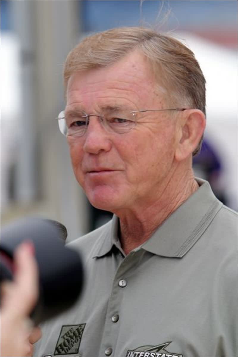 When Joe Gibbs needed a driver to replace Dale Jarrett, he picked Labonte