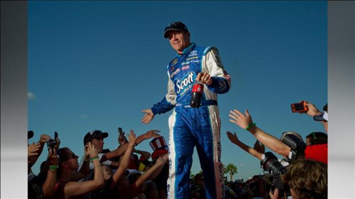 Despite a lack of wins, Labonte remains popular with fans