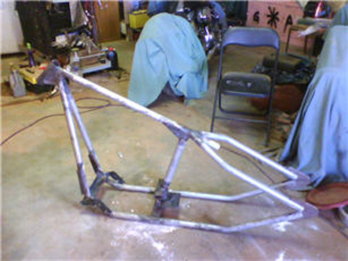 Welded Bobber Chopper Frame by Luke Hudson, Australia. Courtesy:  Custom-Choppers-Guide.com