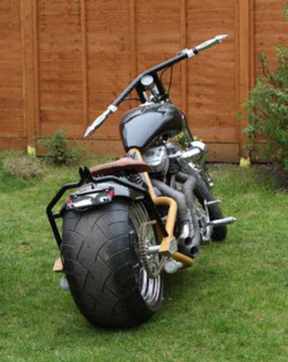 Wide Tire Chopper Built By Stinky (UK).