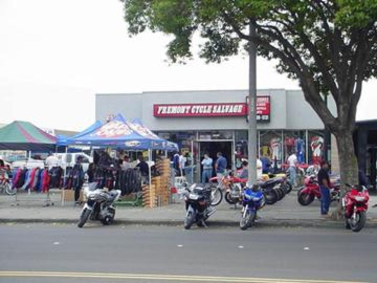Fremont Cycle Salvage - showroom in front, yard in back.