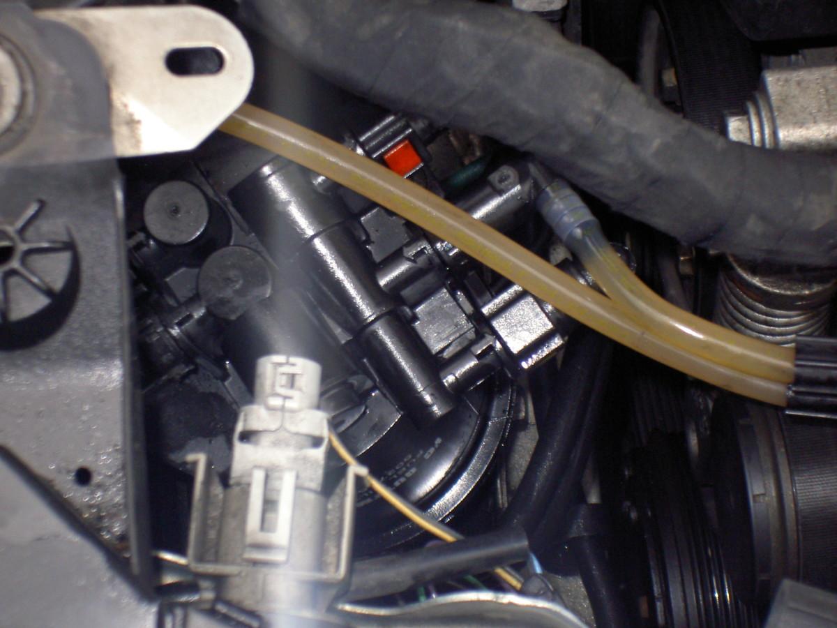 Fuel filer position, Renault Scenic 1.9 DCI