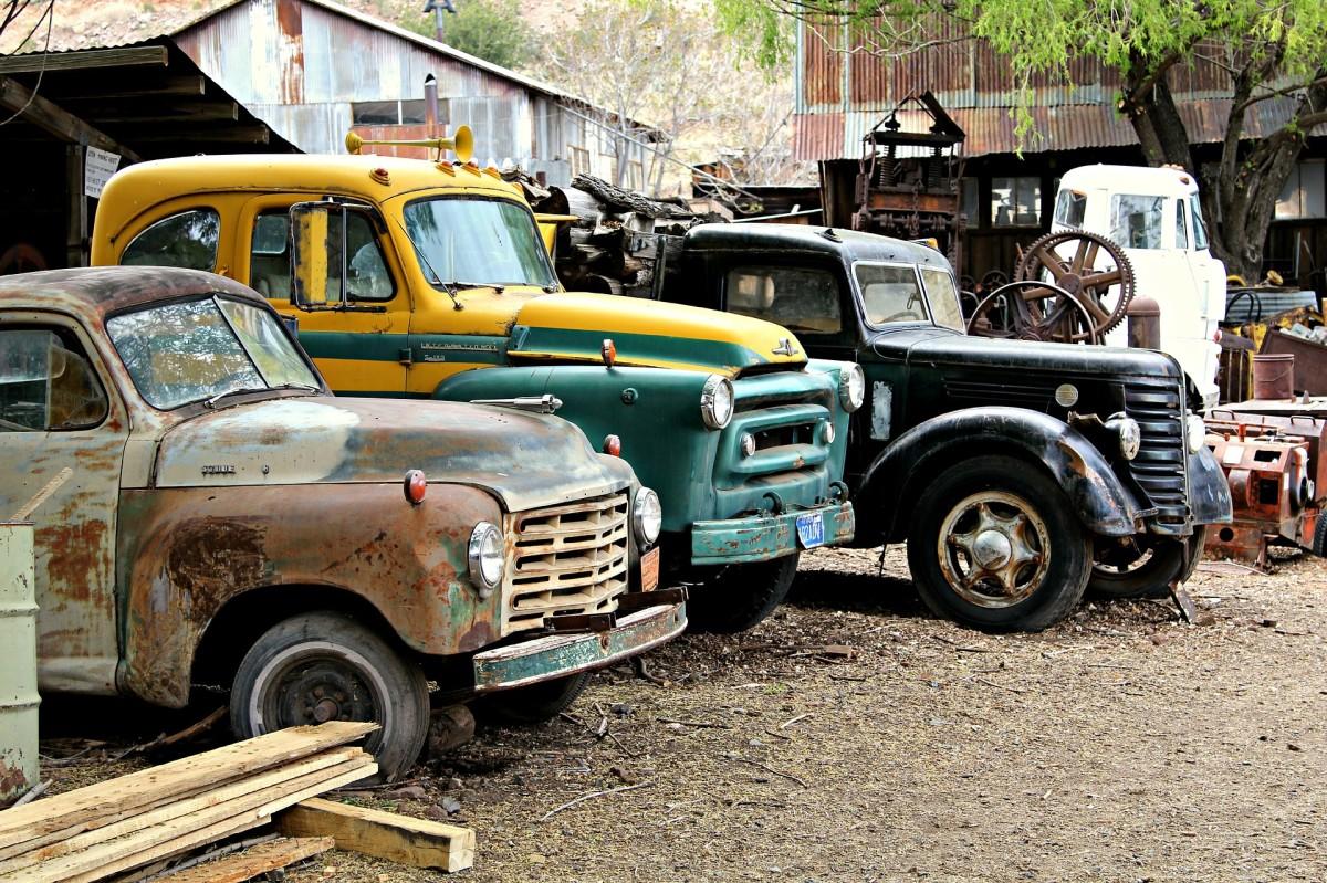 Barn Find Classic Cars