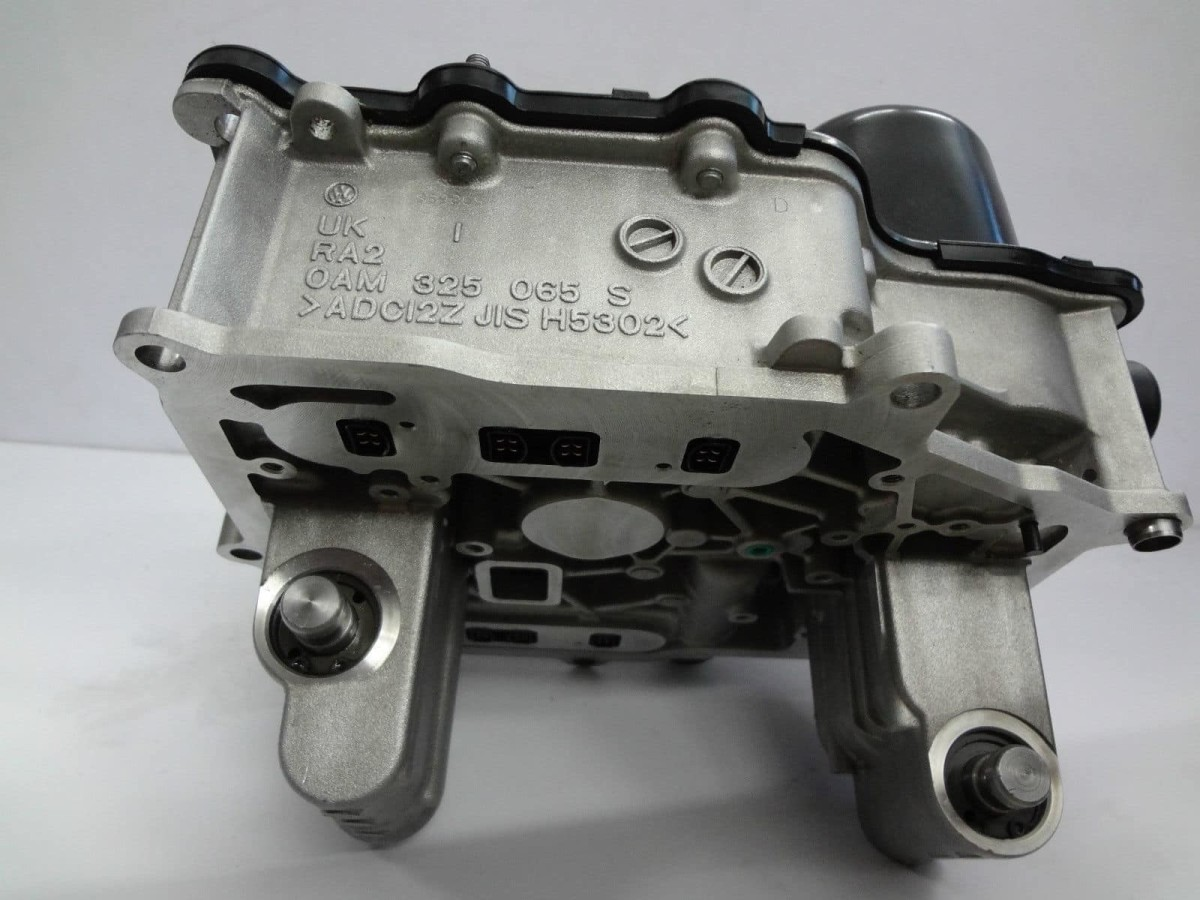 The control module for the DQ200 7 speed DSG has a number of components that need to be correctly configured in order to fit back into the transmission.