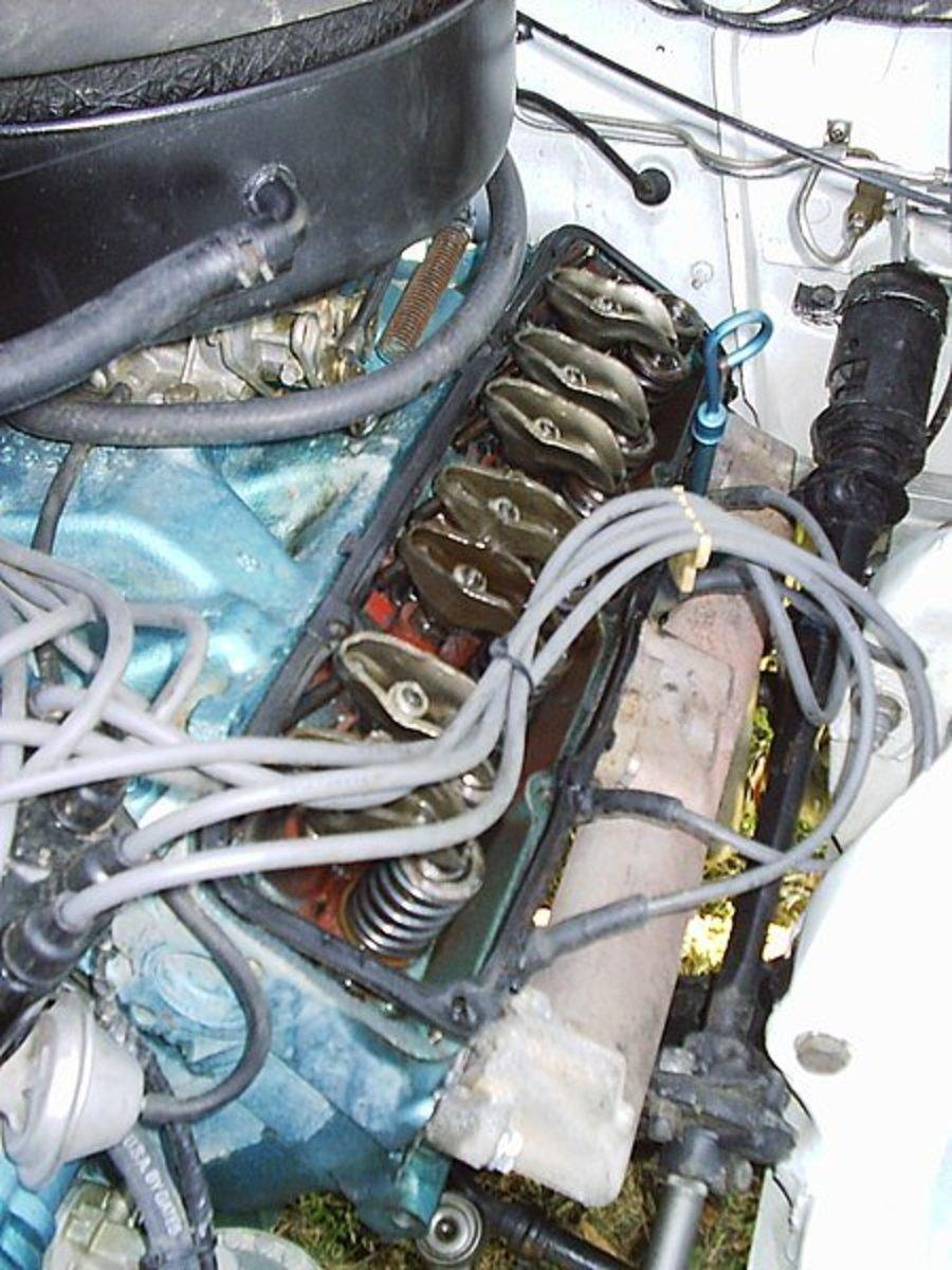 气门的咔嗒声可能是发动机压力低的迹象。