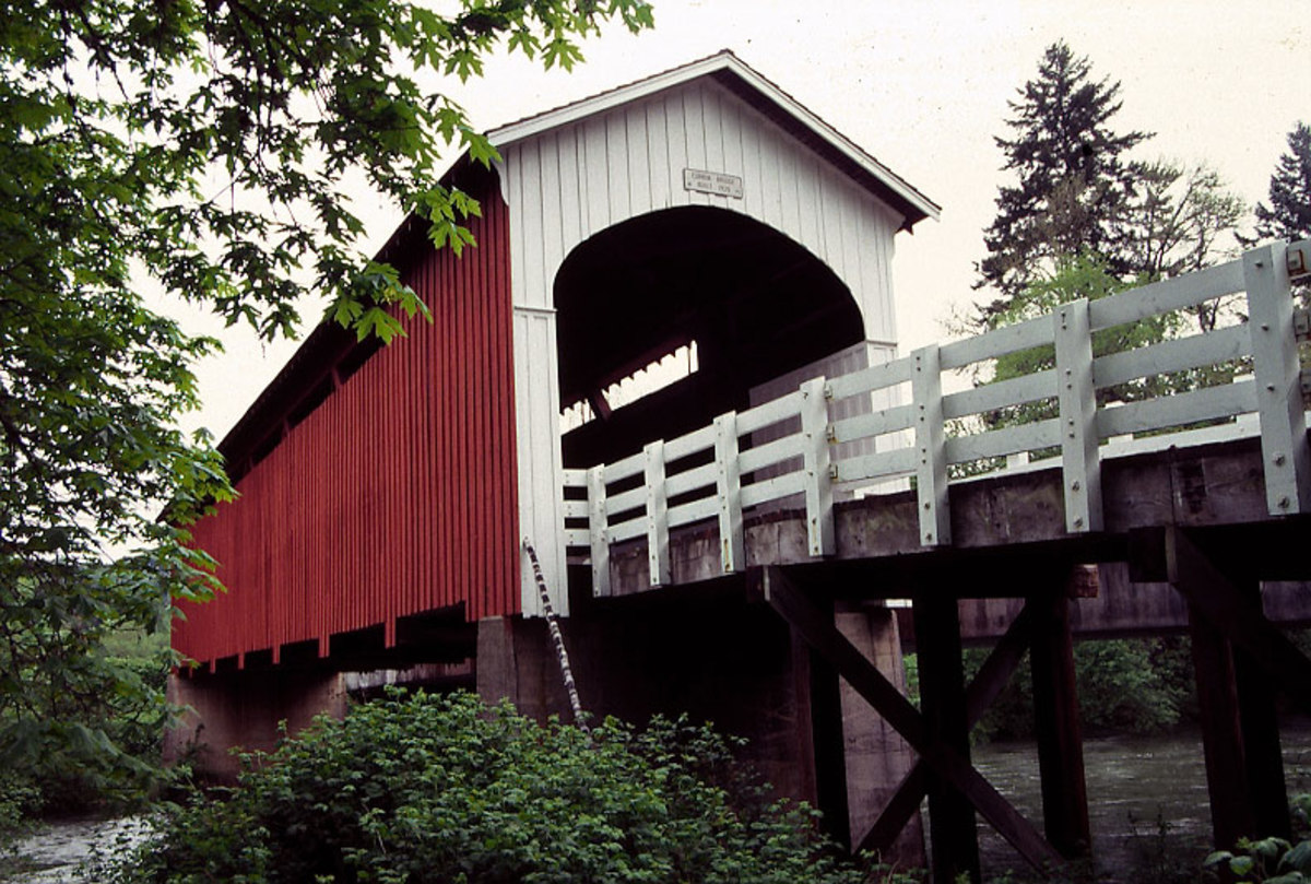 Currin Bridge, a covered pedestrian bridge over the Row River near Cottage Grove.