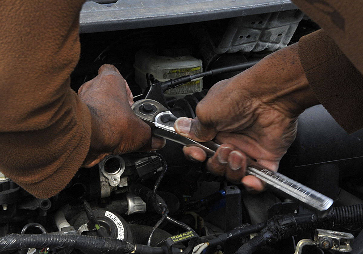 When replacing the IAC motor, use the part number or your vehicle make, model and engine size to get the correct replacement.