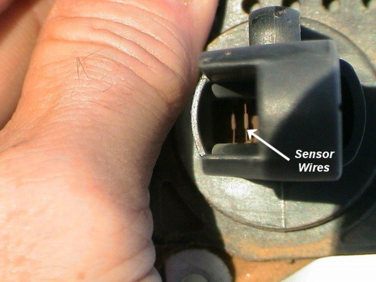 Dirt may interfere with MAF sensor wires.