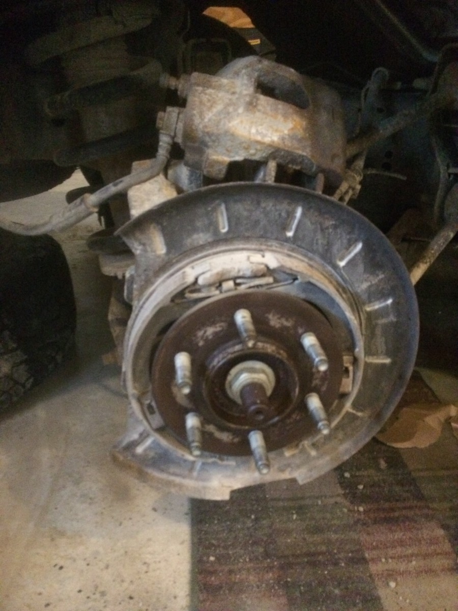 How to Change the Brakes on a Ford Expedition (2007-2017