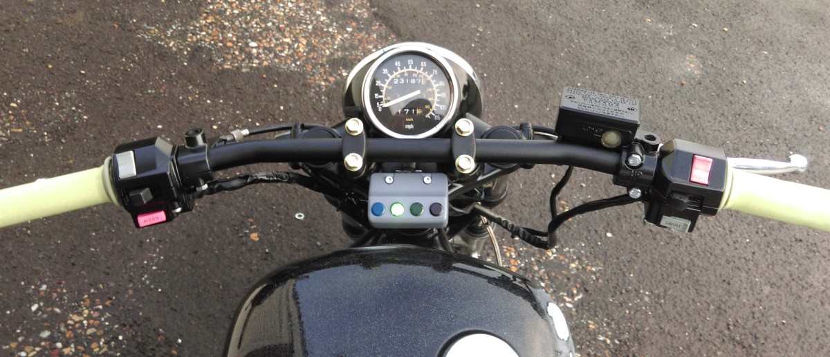 Drag bars on, with newly sprayed switch gear and headlight