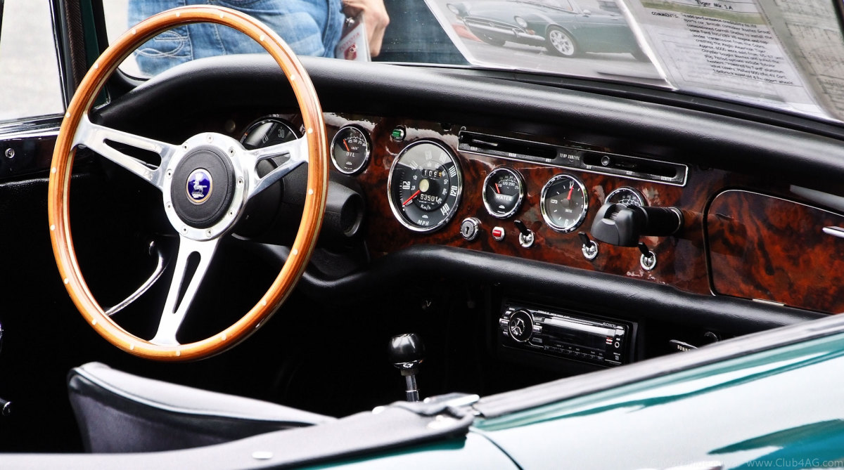 Luxurious interior of the 1966 Sunbeam Tiger