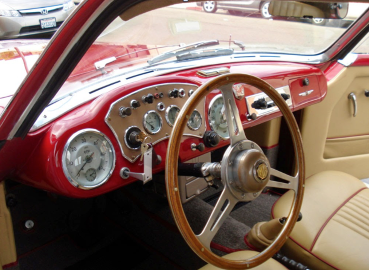 1955 Arnolt MG Coupe Interior