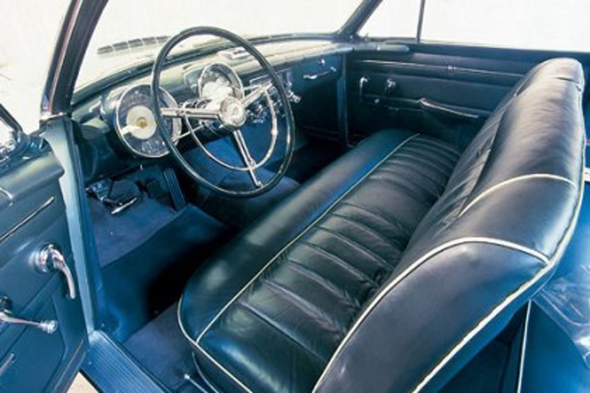 1953 Thomas Special interior