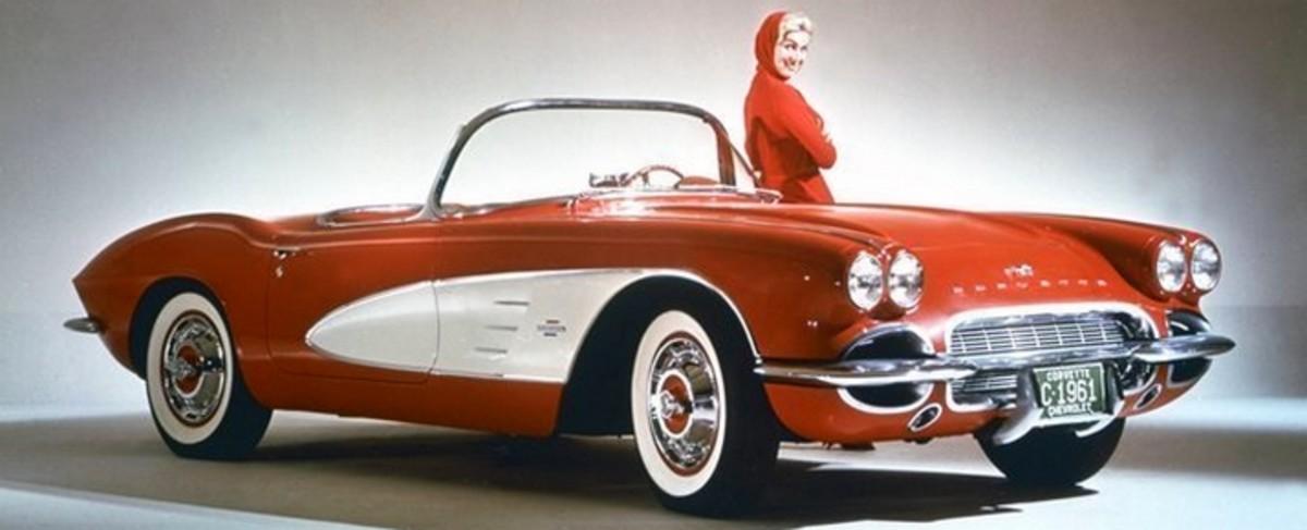 1961 Corvette interior