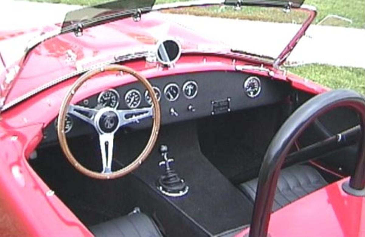 Cobra 289 interior