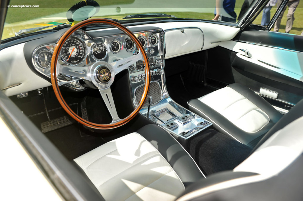1961 Ghia L.6.4 Interior