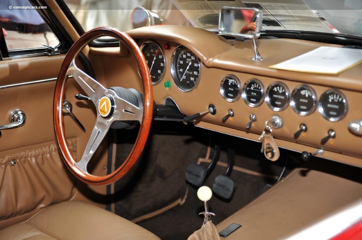 Apollo GT Interior