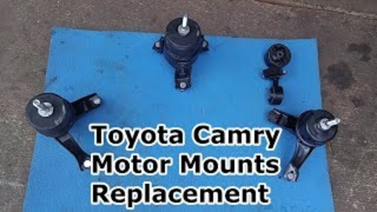 The orientation of the four motor mounts on the Toyota Camry.