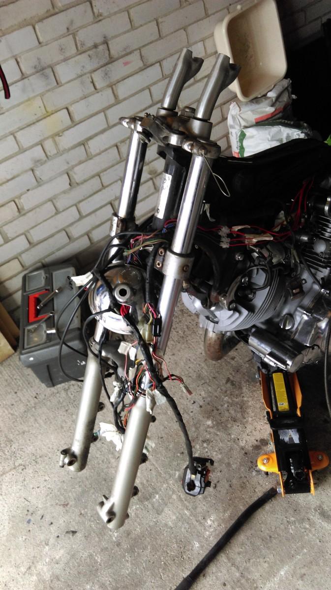 virago-750-bobber-build