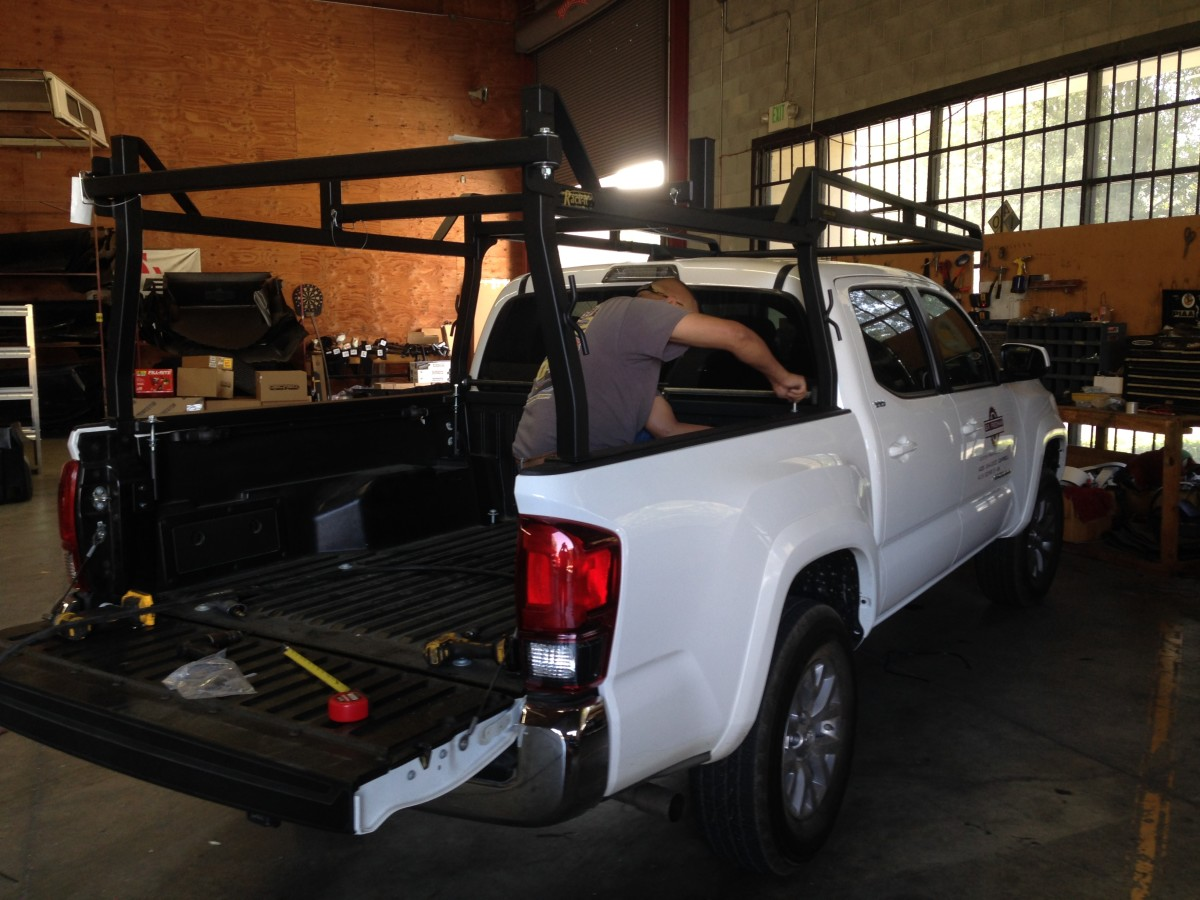 A new square Rack-It on a Tacoma.