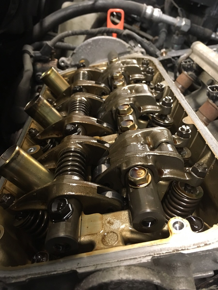 This engine was maintained properly and the oil was changed every 5000 miles. Engine miles were 110,000