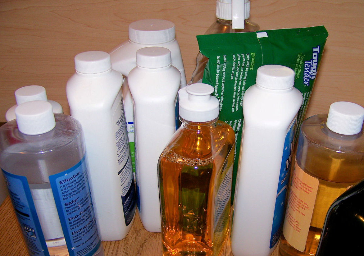Many household cleaning products contain the harmful alcohol isopropanol