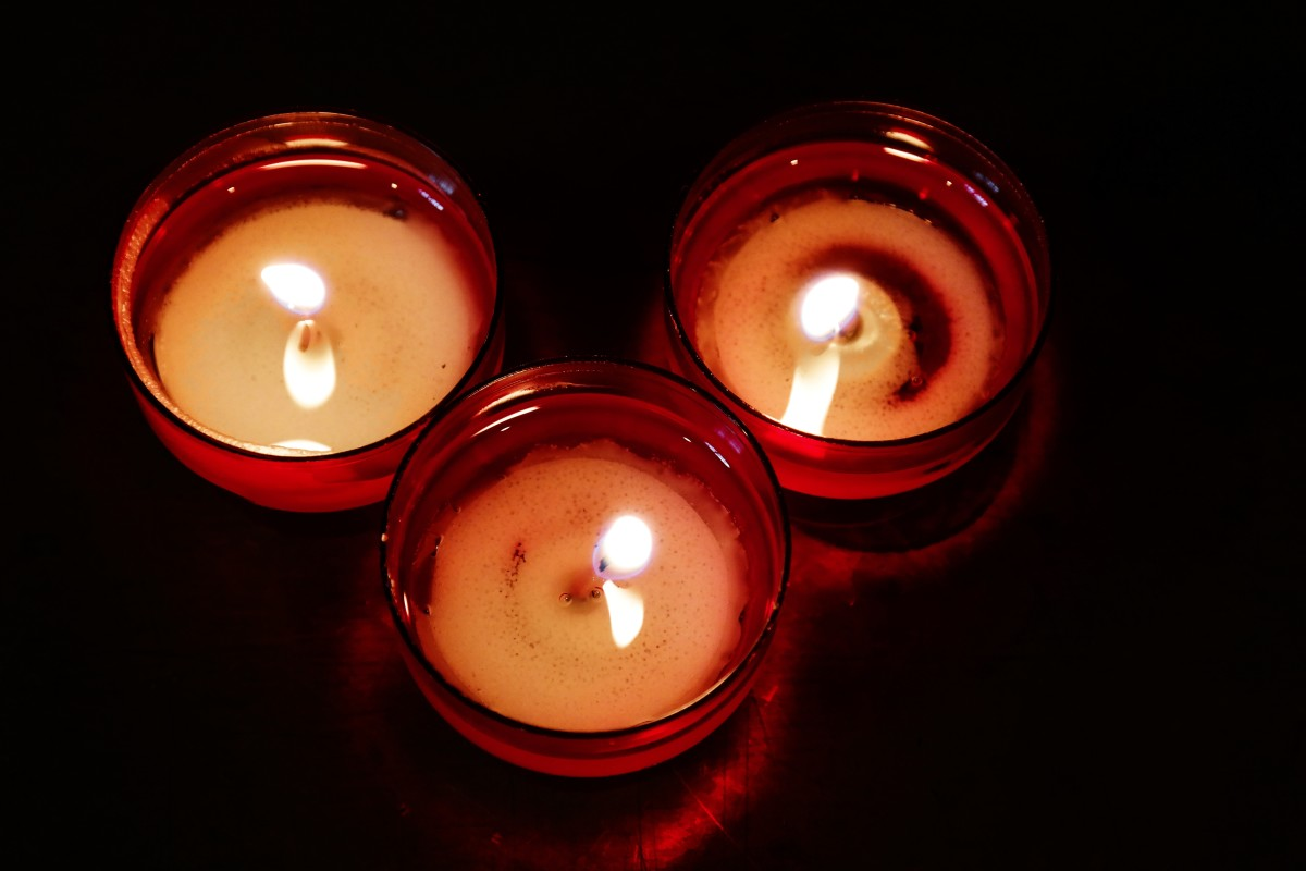 Scented candles can emit hazardous chemicals