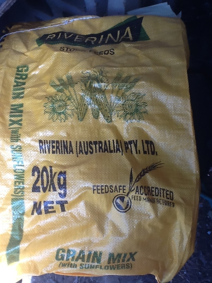 Poultry food comes in 20kg bags. This is the most economical way to buy it.