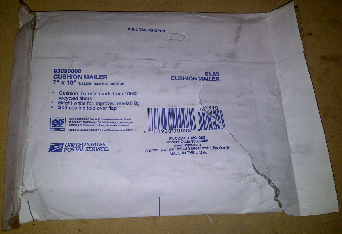 Padded Mailing Envelope for Shipping Small Items