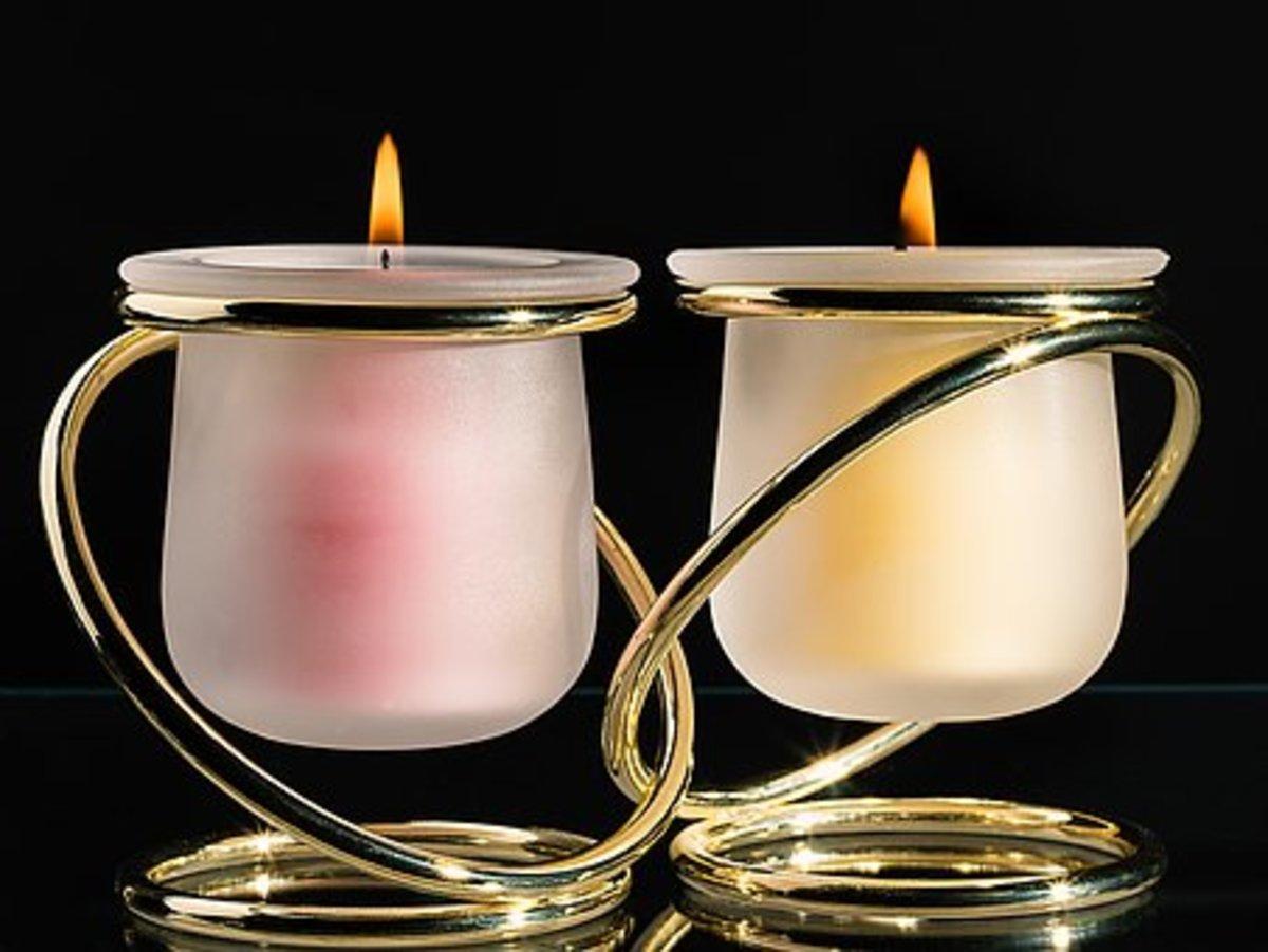 不是洋基蜡烛,但美丽而良好的嗅觉蜡烛位于美元商店。
