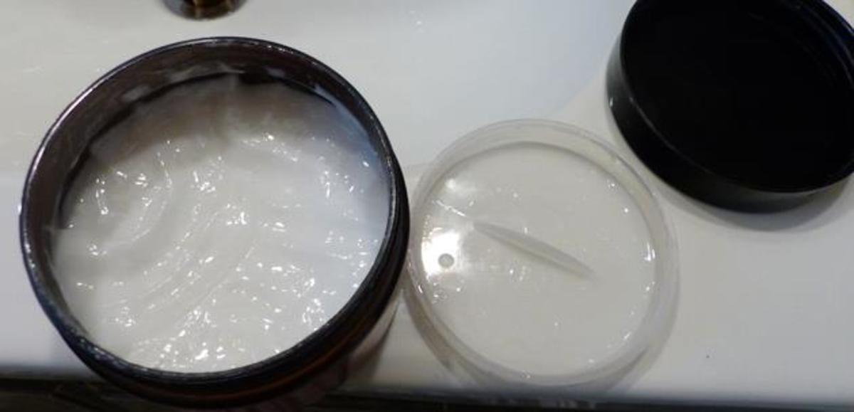 The creamy conditioner sets for a few minutes and rinses out leaving shiny hair!