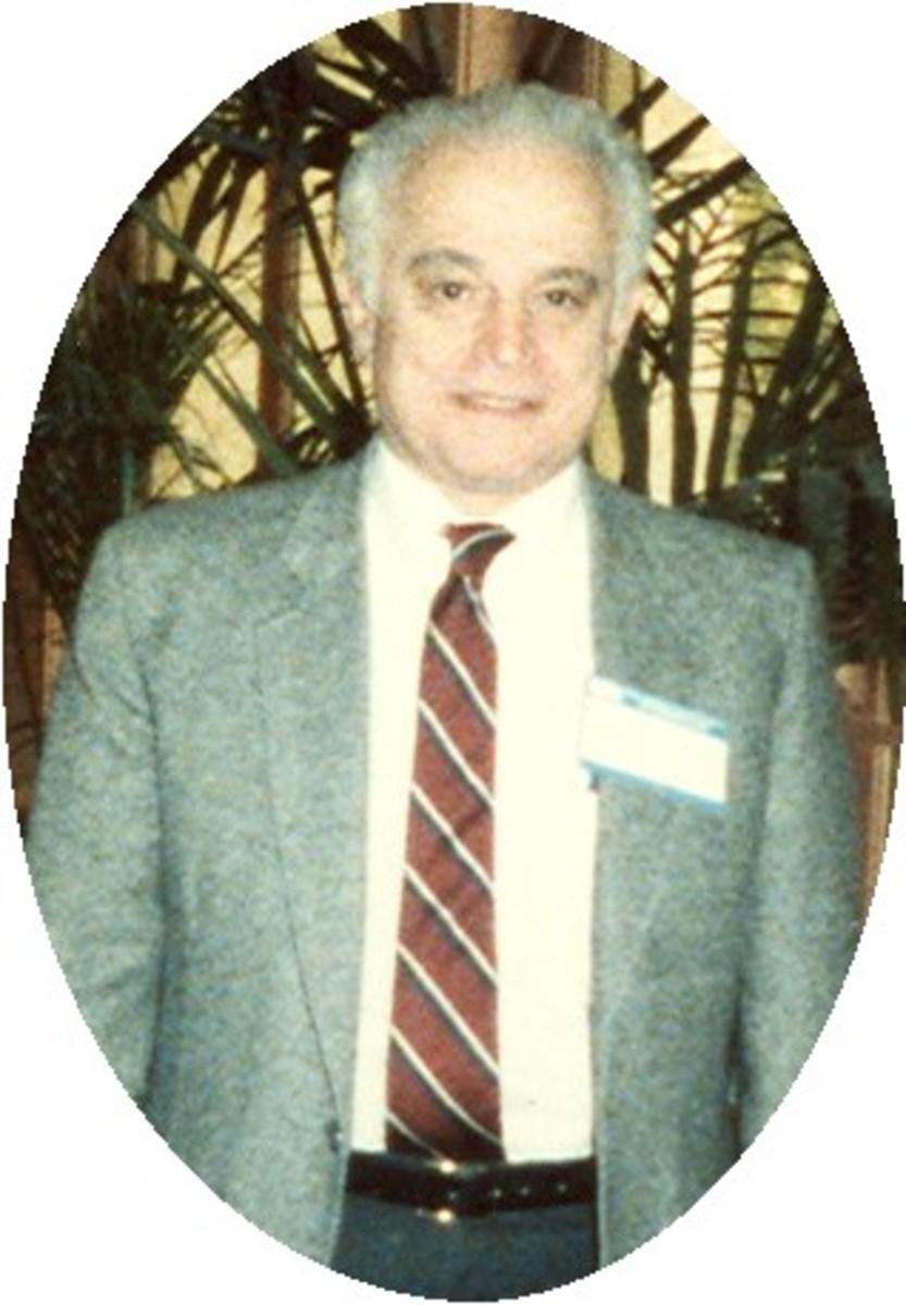 Dr. Simon Dinitz