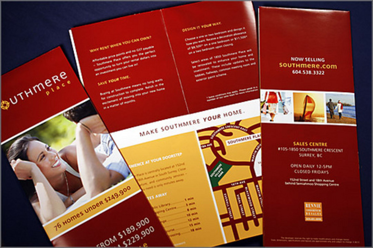 how to make brochure with pages