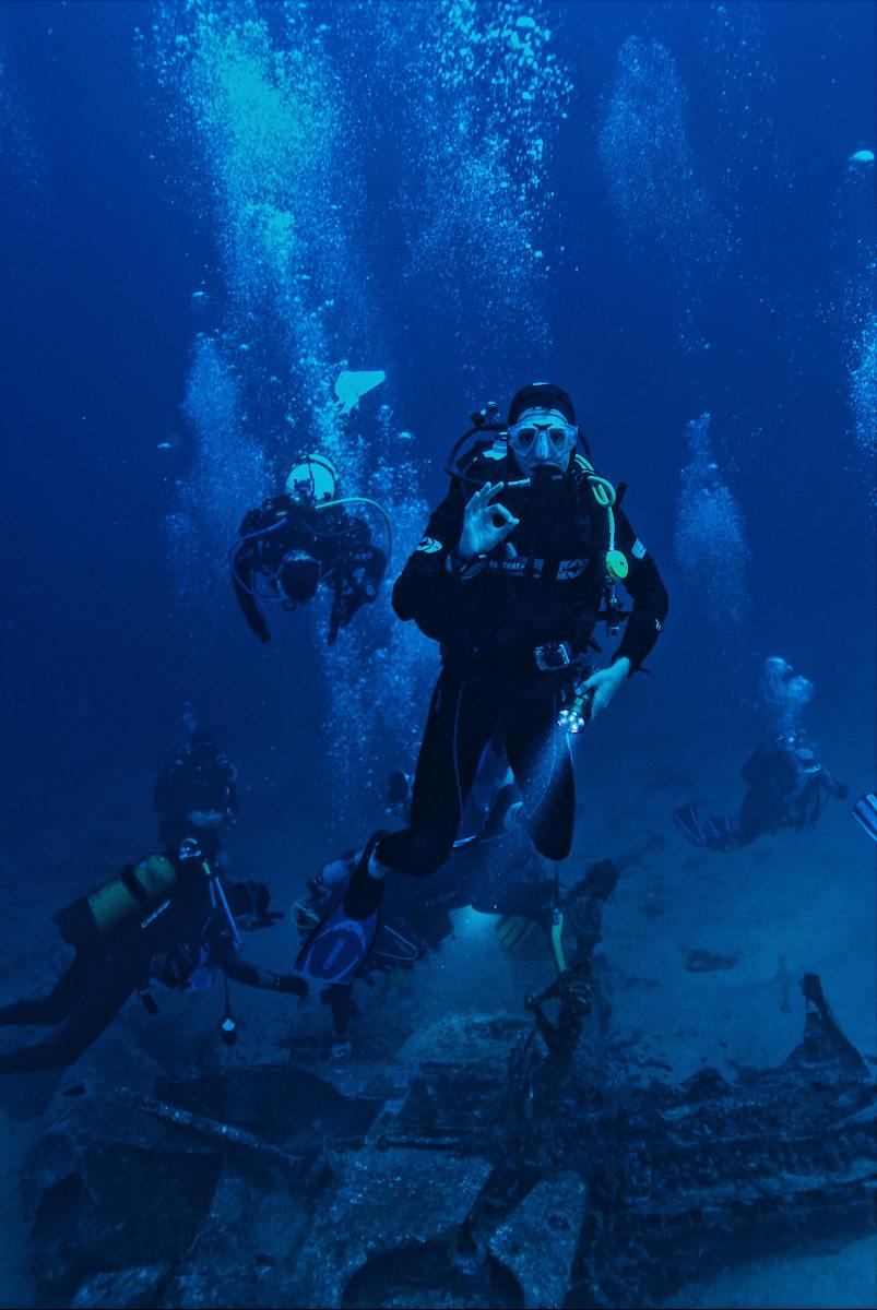 Being an underwater tour guide is a fun and rewarding career.