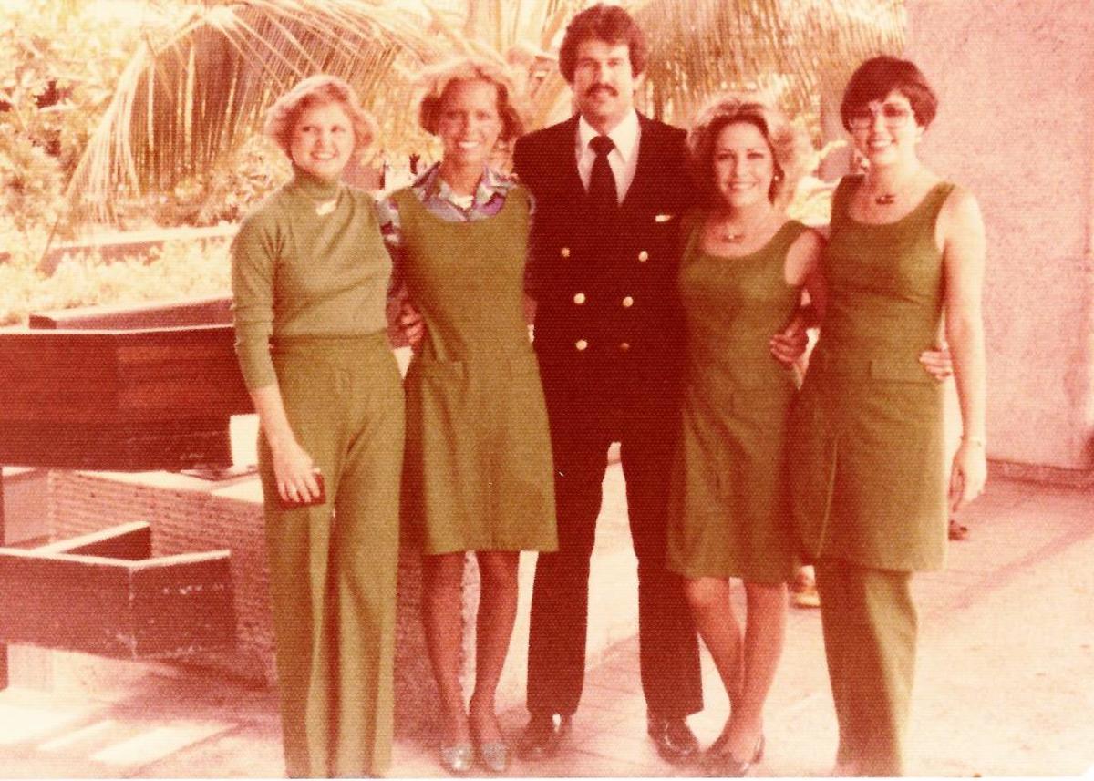 Flight Crew of Rookie Flight Attendants 1977