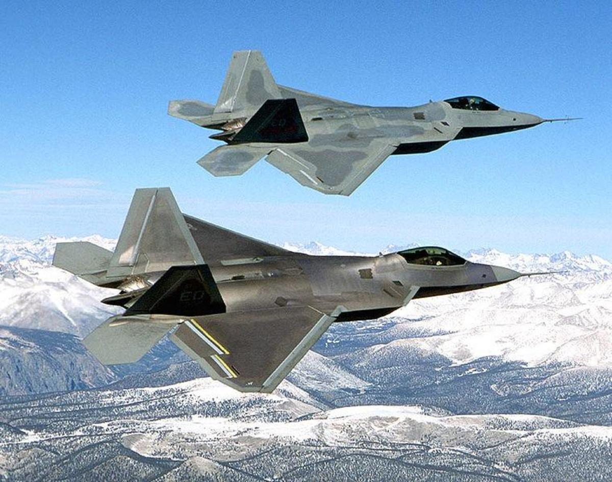 Two USAF  F-22 Raptors in Flight